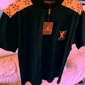 Louis Vuitton Brand New AUTHENTIC men's XL T-shirt